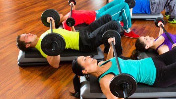 bygger mycket mer muskler